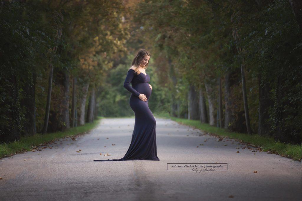 Babybauchkleider für diverse Fotoshootings von Zisch-Ortner photography