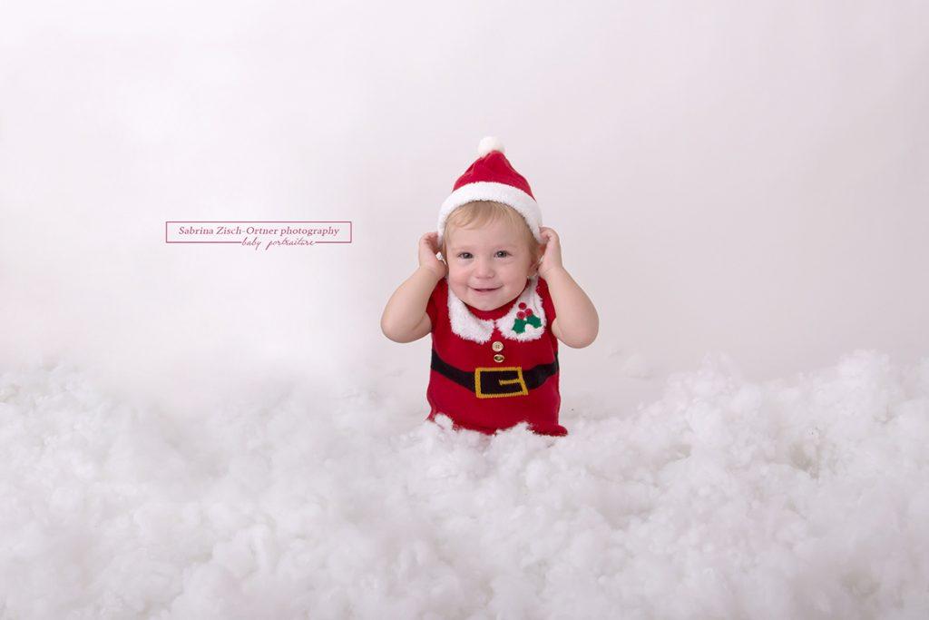 kleines Weihnachtshelferlein bei den Weihnachtsminis