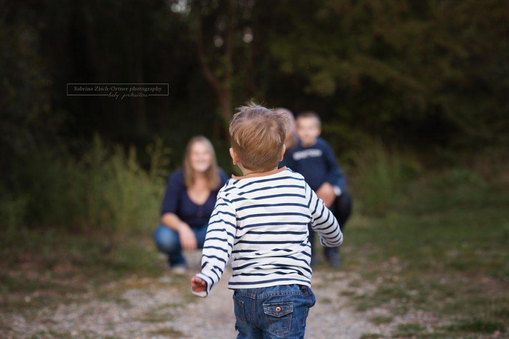 laufen und spielen einfach nur Kind sein