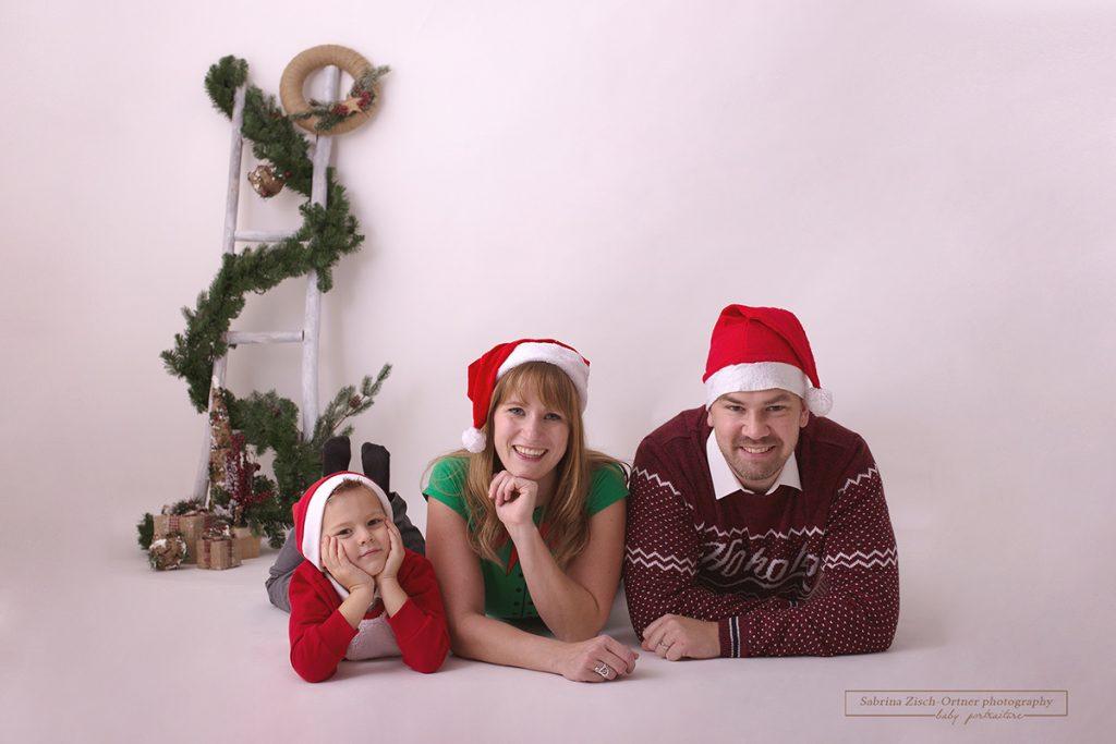 Frohe Weihnachten 2018 Weihnachtskarte bereitgestellt von Familienfotografin Sabrina Zisch-Ortner