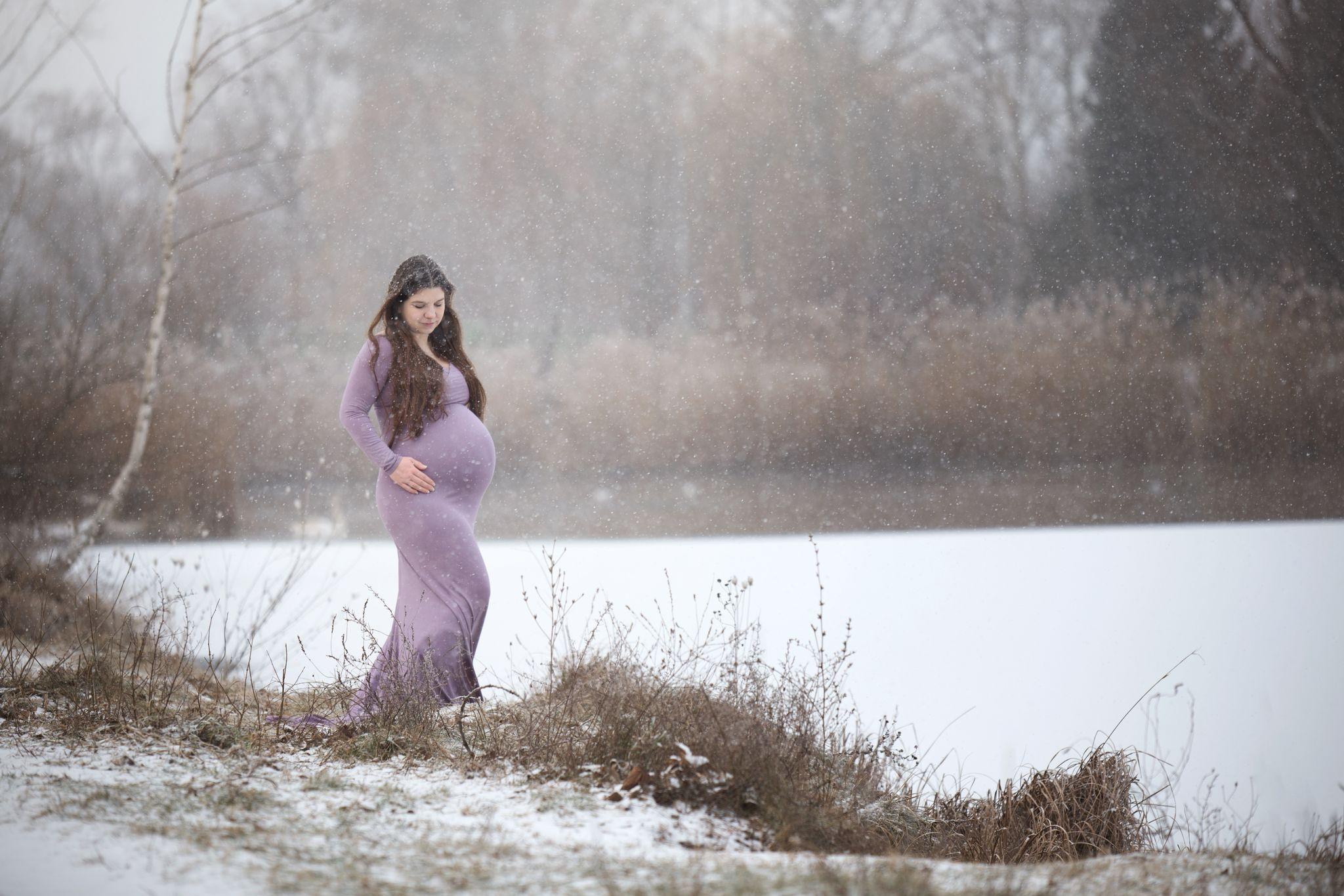 Outdoor Fotoshooting Schwangerschaftskleider