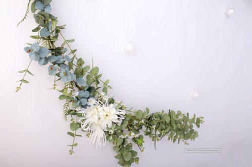 Weihnachts Dekoration Blumengirlande Gruen Weiss