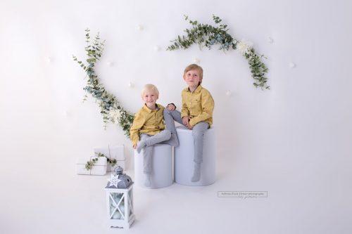 weihnachtliche Deko fuer jaehrliche Familien Fotoshooting