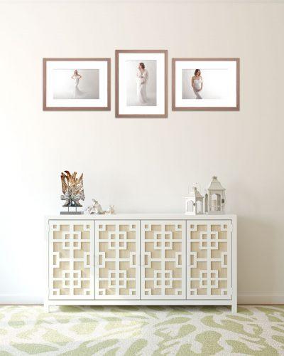Aventurin Galerie mit Babybauch Fotos in Weiß und drei Holzbilderrahmen