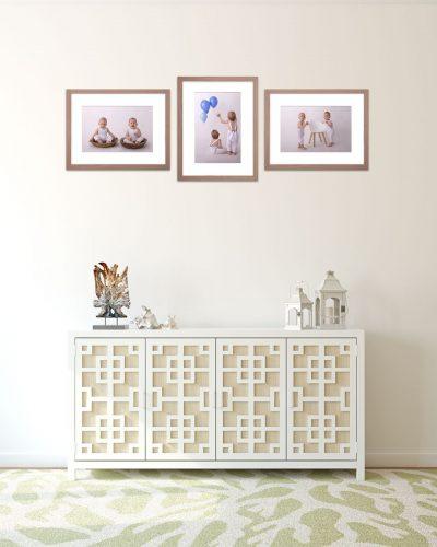 Aventurin Galerie Meilenstein Fotoshooting mit Zwillingen im Holz Bilderrahmen Produkt