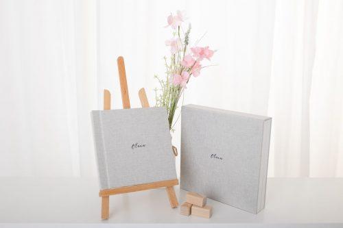 Fotobuch mit Box in grau weiß mit 10 Seiten für Familienfotos Babyfotos Bauchfotos