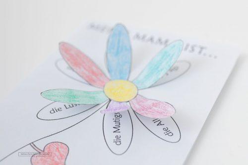 Blumenkarte zum selber gestalten für die Mama zum Muttertag erstellt von Fotografin Sabrina Zisch Ortner