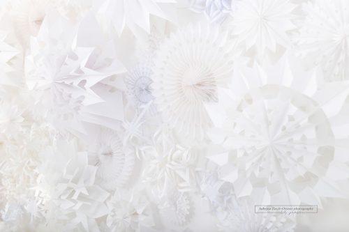 handgemachte Schneeflockenwand für Xmas Minis von Zisch-Ortner